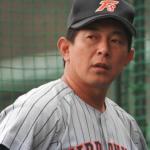 岡本哲司氏の指導者としての実績や評判は?高校野球の監督に転身!